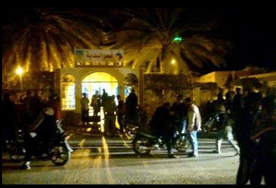 تونس\ الجنوب التونسي :ماذا وراء إقالة معتمدين من مهامهم ؟